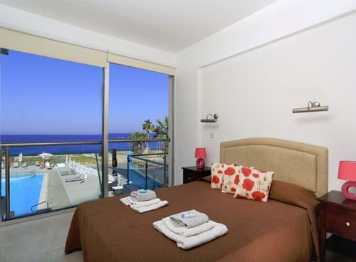 One-Bedroom-Apartment-Sea-View 02